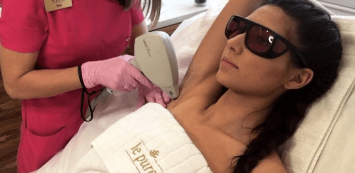 Ile kosztuje depilacja laserowa, a ile tradycyjne metody usuwania włosków?